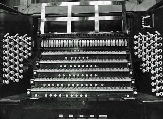 The Willis console of 1927 at the builder's factory. Courtesy of Organ Historical Trust of Australia.